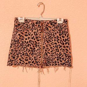 Cheetah Print Zip-Up Skirt